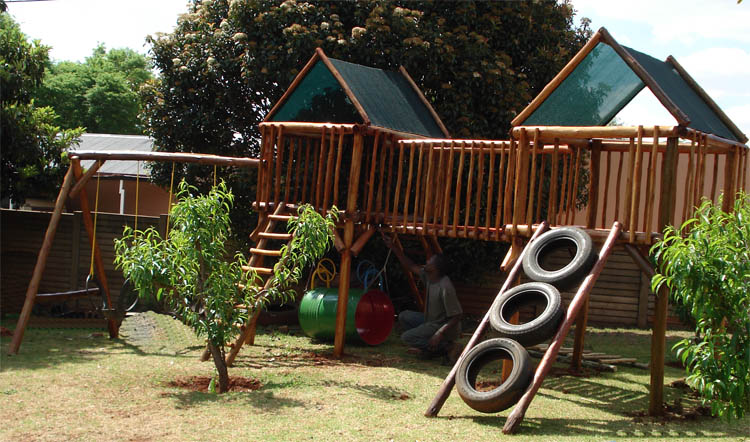 Jungle_Gyms_For_Africa-Muller_Jungle_Gym