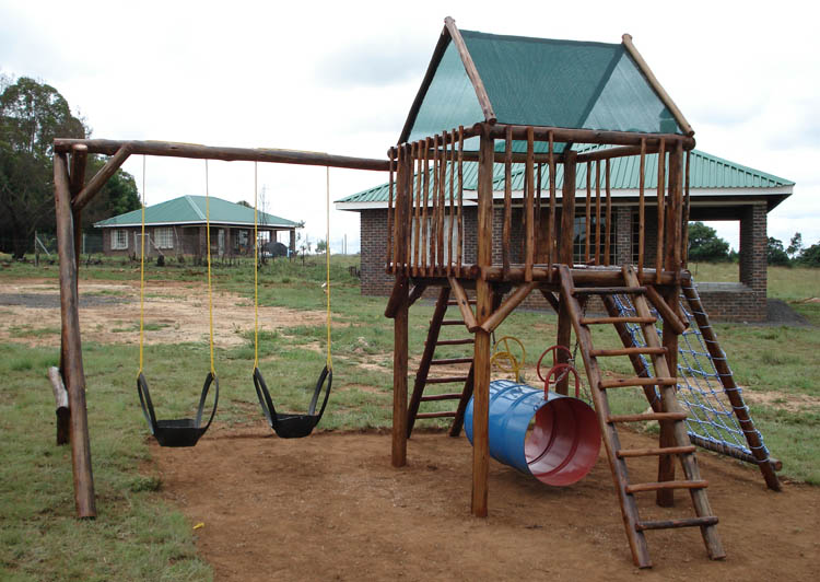 Jungle_Gyms_For_Africa-Standard_Jungle_Gym_without_Slide-750