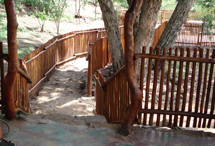 Jungle_Gyms_For_Africa-Wooden-Fencing