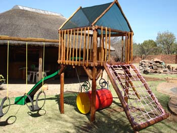Jungle_Gyms_For_Africa_Wooden_Jungle_gym