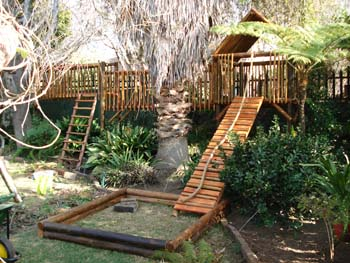 Jungle_Gyms_For_Africa_Wooden_Jungle_gym5