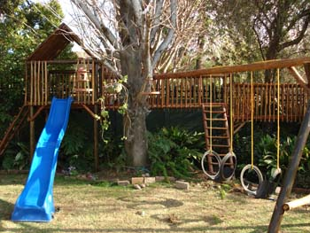 Jungle_Gyms_For_Africa_Wooden_Jungle_gym6